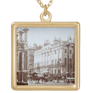 Park Lane being decorated for Queen Victoria's Dia Gold Plated Necklace