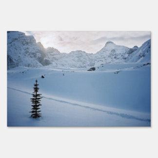 Parker Ridge Banff Park Icefields Alberta Canada Lawn Signs