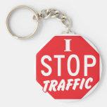 PARO tráfico con una muestra roja de la parada Llaveros Personalizados