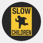 Parodia gorda de la placa de calle del niño de los etiqueta redonda