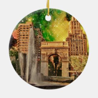 Parque cuadrado surrealista de Washington, NYC Adorno Redondo De Cerámica