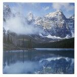 Parque nacional de Canadá, Alberta, Banff, lago Azulejo Cuadrado Grande