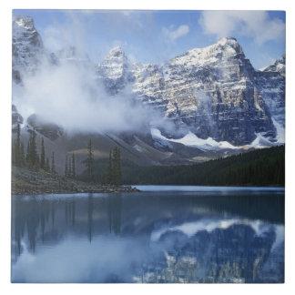 Parque nacional de Canadá, Alberta, Banff, lago Azulejos