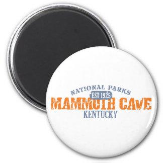 Parque nacional de la cueva gigantesca imanes