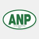 Parque nacional de los arcos calcomanías de ovales personalizadas