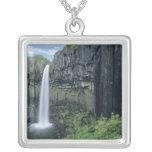 Parque nacional de Skaftafell, cascada de Svartifo Colgante Personalizado