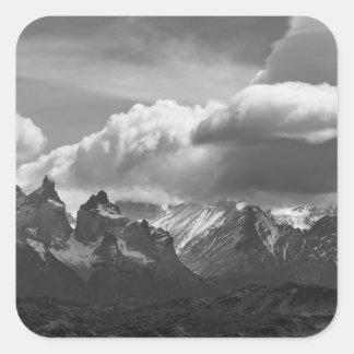 Parque nacional de Torres Del Paine, Cuernos y Calcomanías Cuadradass