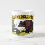 Parque nacional de Yellowstone del vintage con los Tazas Jumbo