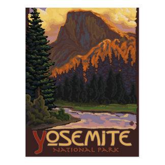 Parque nacional de Yosemite - media bóveda - Postal