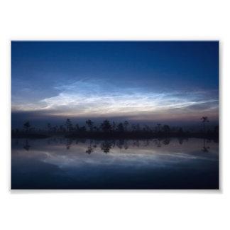 Parque nacional Estonia de Soomaa de las nubes noc Impresiones Fotograficas