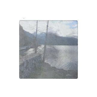 Parque nacional olímpico creciente del lago imán de piedra