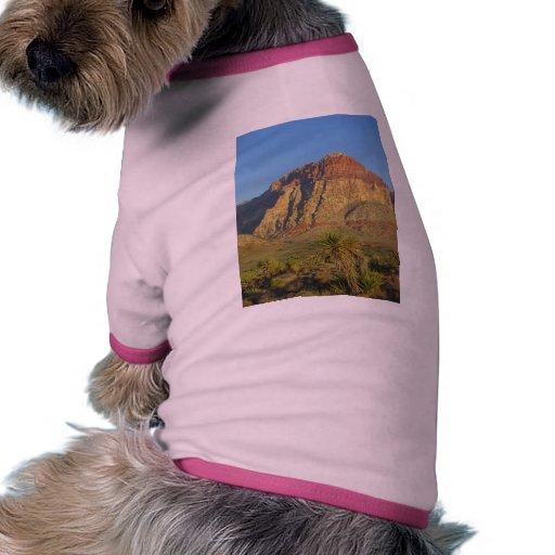 Parque rojo de las rocas cerca de Vegas Camisetas De Mascota