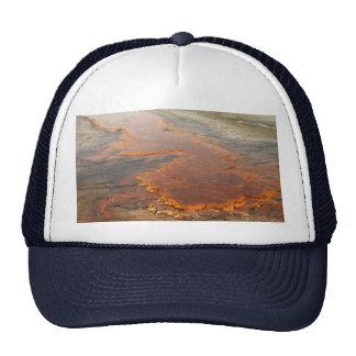 Parque rojo de Yellowstone del agua mineral Gorro