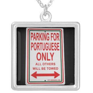 """""""Parqueando para collar del portugués solamente"""""""
