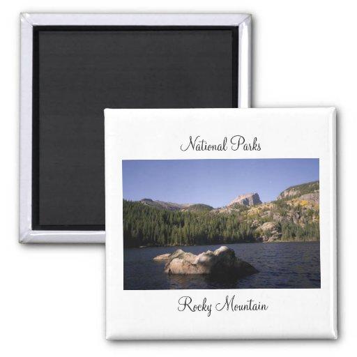 Parques nacionales - imán de la montaña rocosa