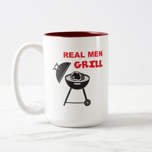 Parrilla real de los hombres taza
