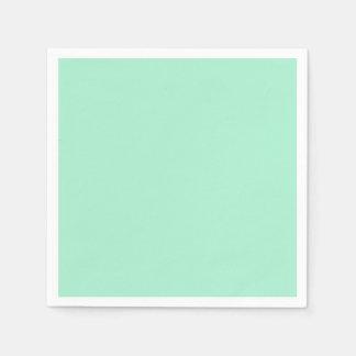 Parte alta ligera de la verde menta coloreada el servilletas desechables
