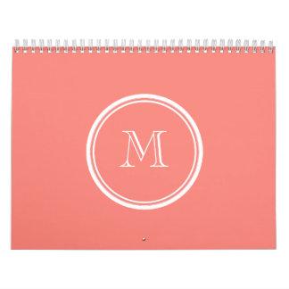 Parte alta rosada coralina inicial del monograma c calendario