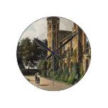 Parte de la universidad de San Pedro (Peterhouse)  Reloj Redondo Mediano