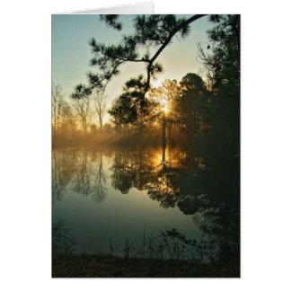 Parte dos de la niebla de la mañana tarjeta de felicitación