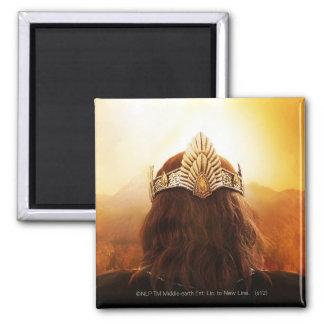 Parte posterior de la cabeza con la corona imán cuadrado