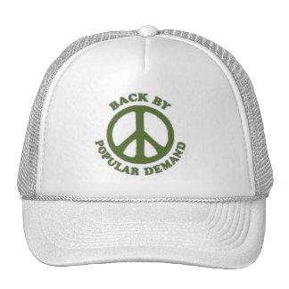 Parte posterior de la paz por el verde popular de  gorras de camionero