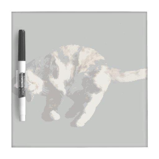 parte posterior posterized del gris del gato de ca pizarra blanca