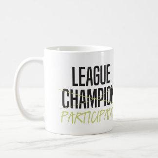 Participante de la liga de fútbol de la fantasía taza de café