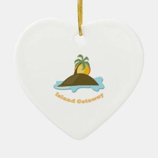 Partida de la isla adorno de cerámica en forma de corazón