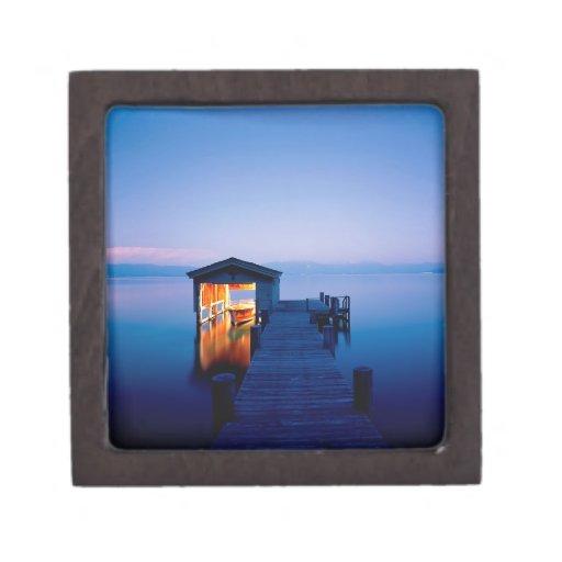Partida Nevada del lago Tahoe Cajas De Recuerdo De Calidad