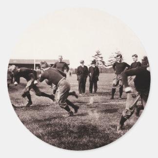 Partido de fútbol del vintage pegatinas redondas