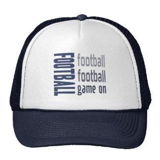 Partido de fútbol en el gorra