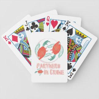 Partners - adentro - crimen barajas de cartas