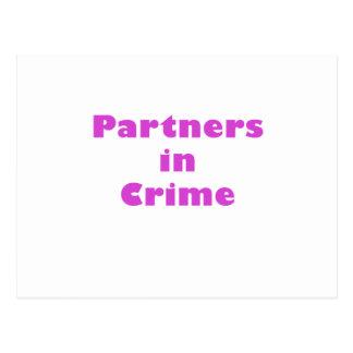 Partners - adentro - crimen postales