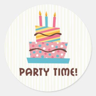 Party time retro birthday cake - creme background classic round sticker