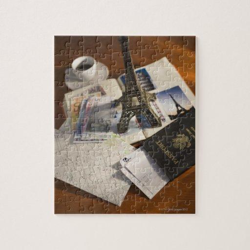 Pasaporte y objetos de recuerdo puzzles
