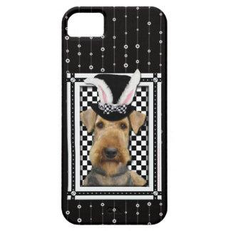 Pascua - algún conejito le ama - Airedale iPhone 5 Funda