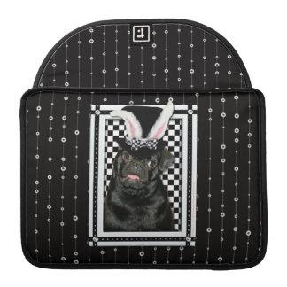 Pascua - algún conejito le ama - barro amasado Ruf Funda Para Macbooks