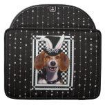 Pascua - algún conejito le ama - beagle fundas para macbook pro