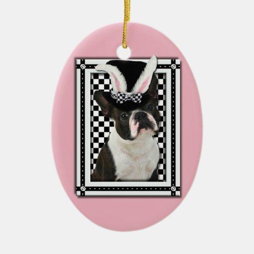 Pascua - algún conejito le ama - Boston Terrier Adorno Ovalado De Cerámica