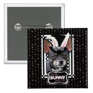 Pascua - algún conejito le ama - chihuahua pin cuadrado
