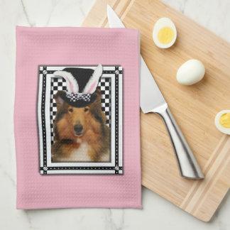Pascua - algún conejito le ama - collie Natalie Toallas De Cocina