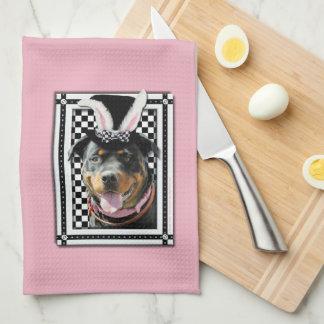 Pascua - algún conejito le ama - Rottweiler Toalla De Cocina