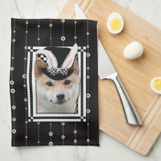 Pascua - algún conejito le ama - Shiba Inu Toallas