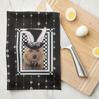 Pascua - algún conejito le ama - Terrier australia Toalla