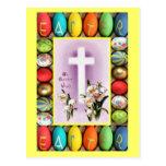 Pascua - cruz entre lirios postal