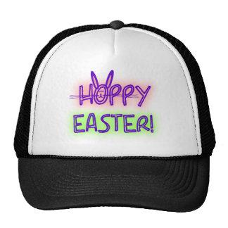 Pascua de lúpulo con la cara y los oídos del conej gorras