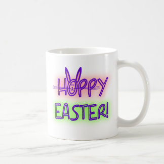 Pascua de lúpulo con la cara y los oídos del conej tazas de café