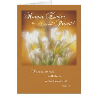 Pascua feliz a un sacerdote católico tarjeta de felicitación