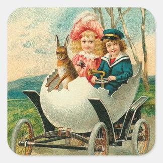Pascua feliz a usted vintage del coche de la pegatina cuadrada